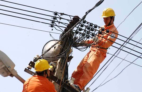 Quần áo bảo hộ lao động dành cho thợ điện